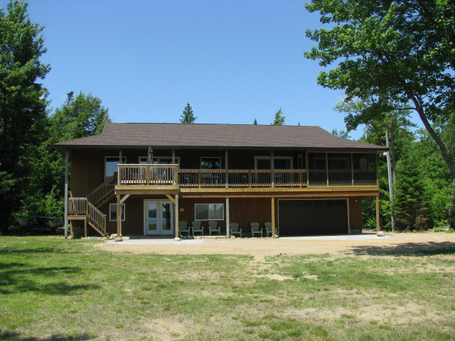 Buck Lake Cottage Rental # 3-2 ~ Cottage Exterior Lake Side