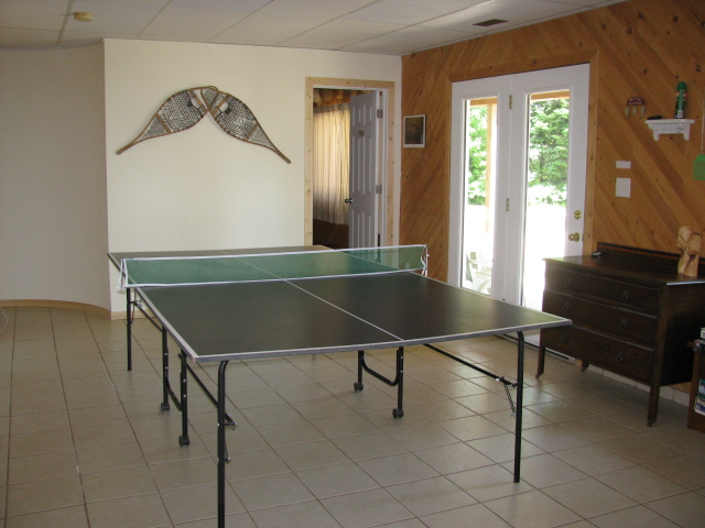Buck Lake Cottage Rental #3-23~ Ping Pong Room