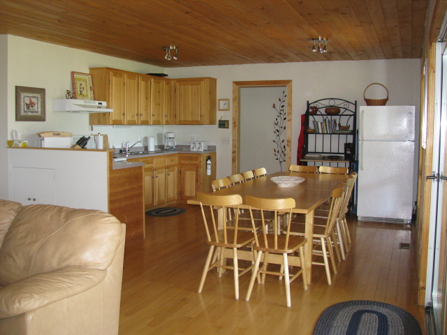 Buck Lake Cottage Rental #3-5 ~ Kitchen